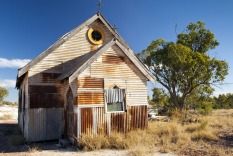 Lightning Ridge, old church