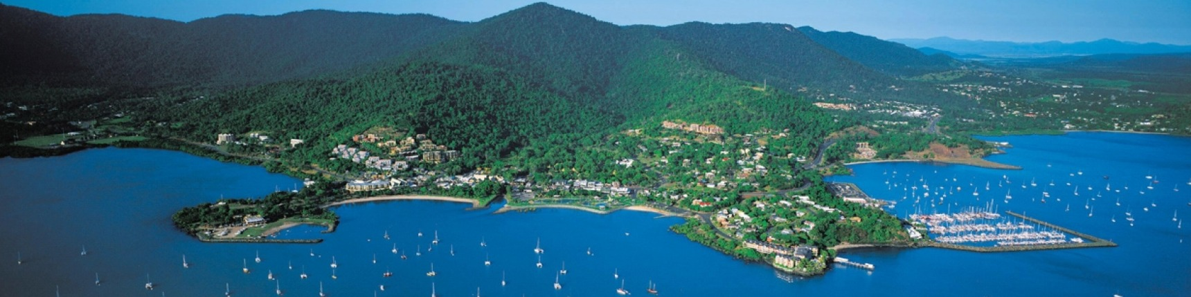 how to get to airlie beach