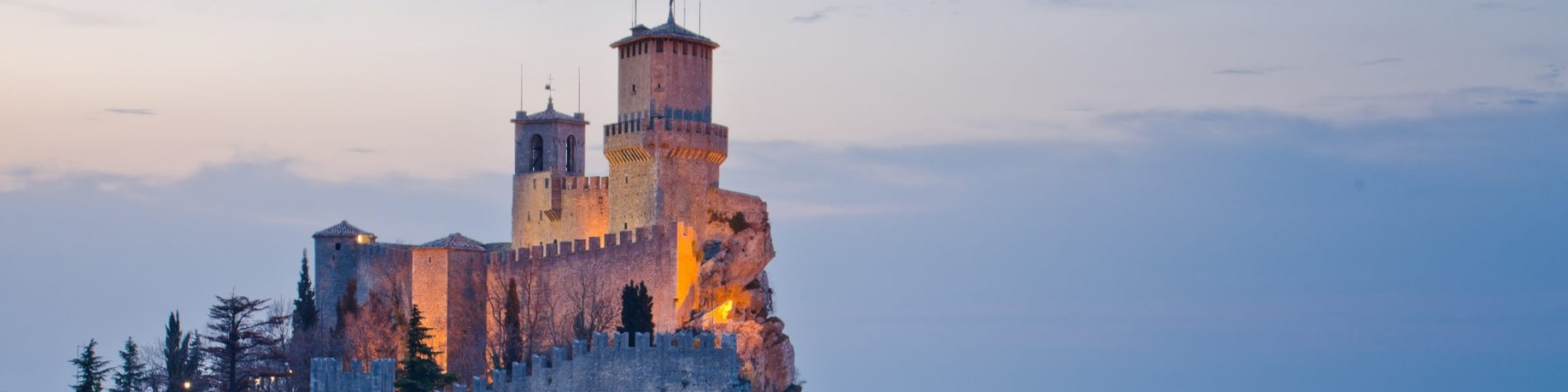 San marino travel guide plan your holiday in san marino for Flights to san marino italy