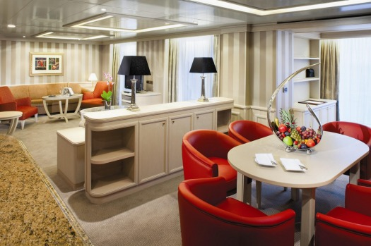 Silver Spirit: Owners' Suites.