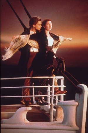 how to recreate titanic movies im flying scene on