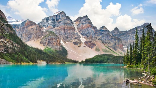 Jasper, Canada. The number of Australians heading to the US has fallen while Aussie visitors to Canada have surged by 20 ...