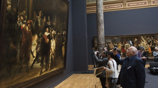 THE NIGHT WATCH, REMBRANDT VAN RIJN - RILKSMUSEUM, AMSTERDAM. Rembrandt's monumental masterpiece not only remains his ...