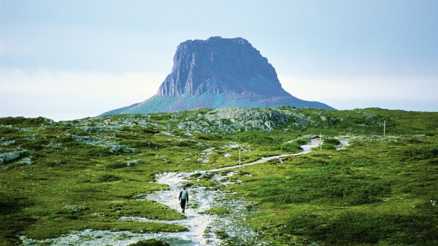 Cradle Mountain, Tasmania, Australia: Equally as impressive as Marion's Lookout and the Kitchen Hut shelter at the foot ...