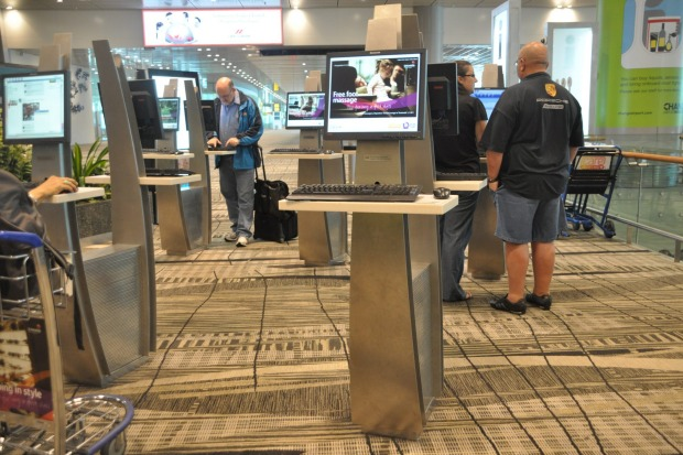 The airport has 550 free, 24-hour internet kiosks.