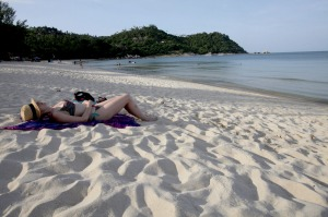 Two Australians injured in fatal speedboat crash near Koh Samui, Thailand
