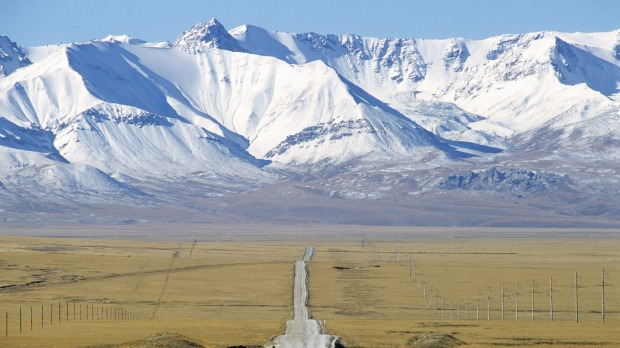 Kyrgyzstan, on road to the border.