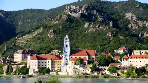 Echoes of the past: Cruising past Durnstein.