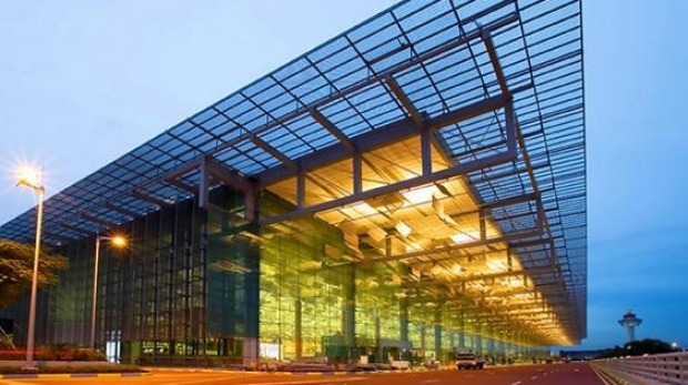 Terminal 3 offers 380 000 square metres of space in a seven storey building.
