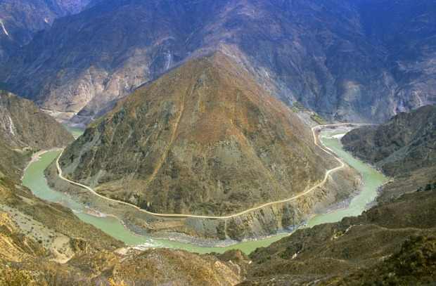 3. Yangtze River, China. The longest river in Asia rises from the glaciers of the Qinghai-Tibet Plateau, touching 10 ...
