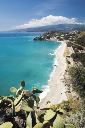 Spiaggia di Caminia, Calabria: When in Calabria, head towards the Ionian coast - you'll find a smattering of sleepy ...