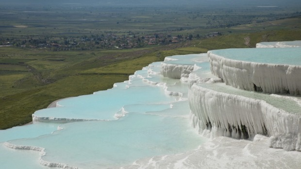 Ancient bathing place: Travertine pools and terraces, Pamukkale, Turkey.