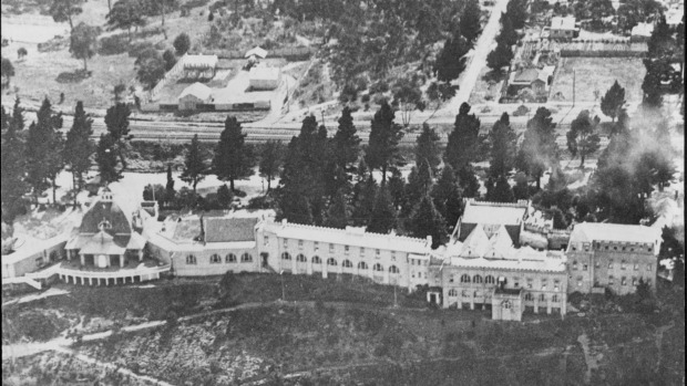 An aerial shot of the Hydro Majestic Hotel in the 1940s.