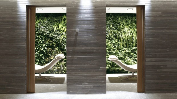 First Lounge Spa: To experience Aurora Spa, you have to be granted access to Qantas' Melbourne or Sydney First Lounge. ...