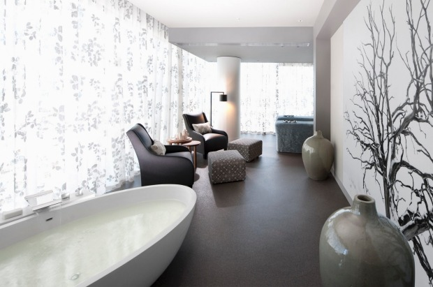 Crown Metropol Melbourne, Victoria: The half-day Ultimate Renewal Package, at the Crowns ISIKA spa, begins by surveying ...