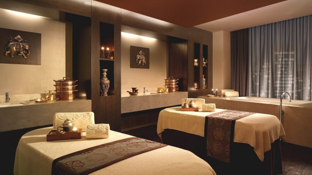 Shangri-La, Sydney, New South Wales: The 90-minute Chi Spa Sodashi Healing Chakra re-balancing treatment is aided by a ...