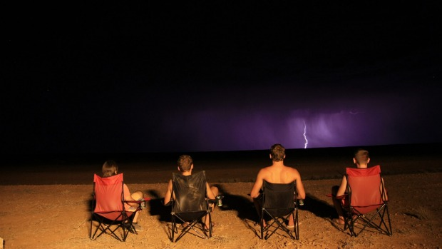 When travelling with three friends in a campervan on the dirt roads of the Oodnadatta Track (South Australia) last ...