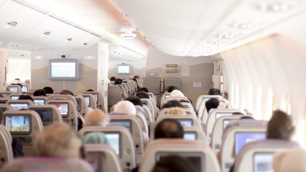 Airlines splitting up families on flights: When seat