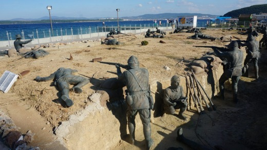 A sculpture in Eceabat portrays Australian and Turkish troops firing at each other from trenches.