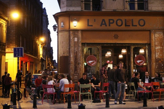 French dining in Bordeaux.