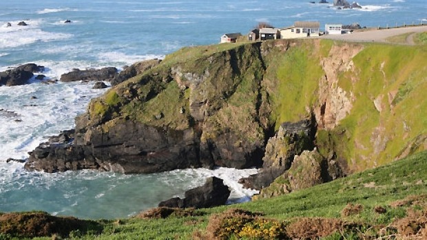Lizard Point, England: The 11-kilometre walk rises from Mullion Cove to the cliff tops, following them to Lizard Point, ...