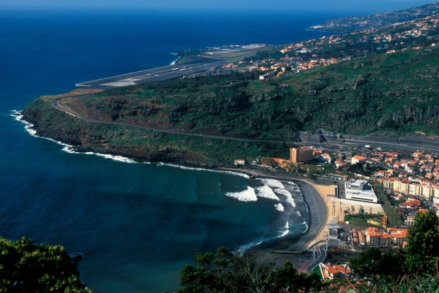 Funchal Airport, Madeira: The island's original runway was about 1,600 metres long, making it difficult for commercial ...