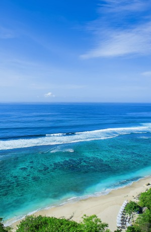 Perfect Southeast Asian beach: Ungasan Beach, Karma Kandara, Bali, Indonesia.