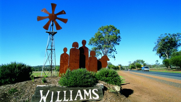 The entrance statement to the town of William