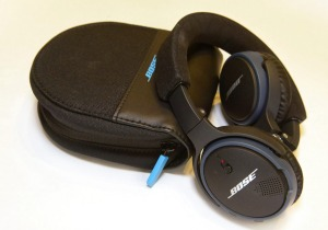 Bose SoundLink Bluetooth Headphones:   rich sound,  lightweight and very comfortable to wear.