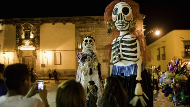 "Dia de los Muertos, Mexico: The ""Day of the Dead"" is a fascinating time to be in Mexico, particularly in the city of ..."