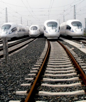 CRH380B trains, servicing the Harbin-Dalian high-speed railway.