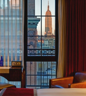 New York skyline: North-facing rooms look to the Empire State Building.