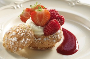 Choux pastry with lemon and berries.