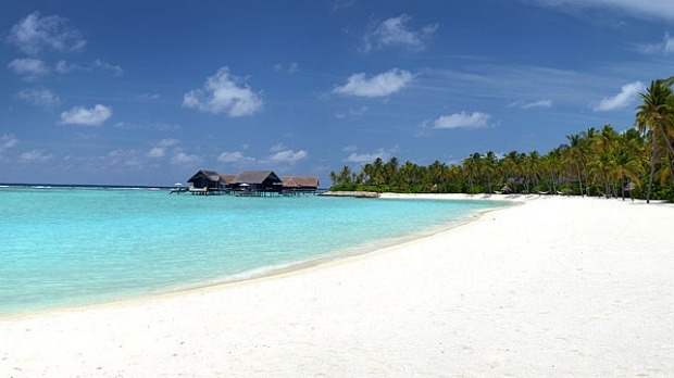 The beach at One&Only Reethi Rah.