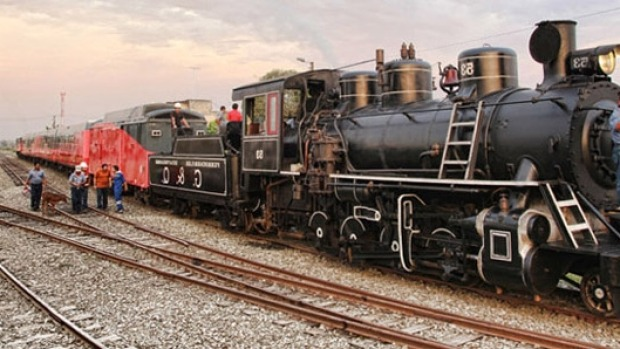 THE NEWEST OLD HERITAGE RAILWAY IN THE WORLD: The journey from Guayaquil, Equador's largest city, to Quito, the ...