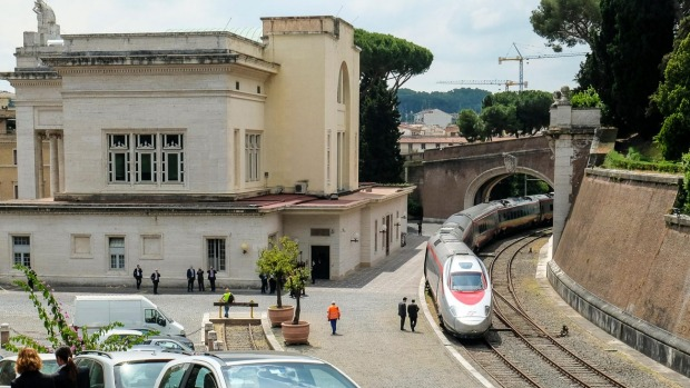THE SHORTEST TRAIN JOURNEY IN THE WORLD: The Vatican City has what is undoubtedly the smallest national railway system ...