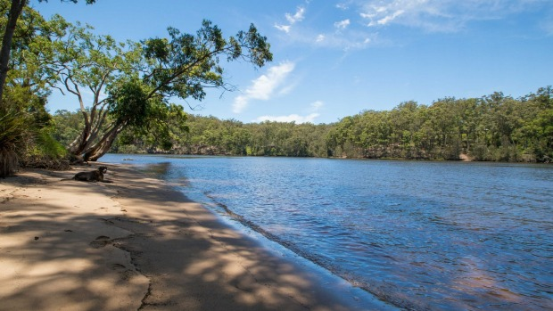 Nelligen is a delightful small town about 10 minutes from Batemans Bay.