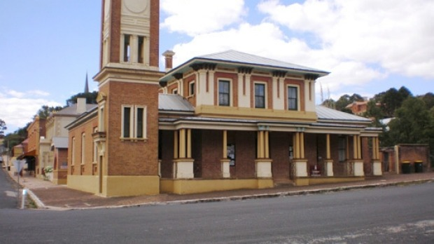 PIC DOWNLOADED FROM WEB OF nsw TOWN OF CARCOAR   AGE NEWS 5/2/2014