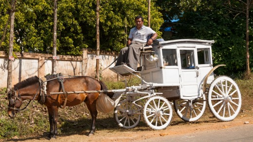 Horsedrawn carriage, Pyin Oo Lwin, also known as Pyin U Lwin and Maymyo, near Mandalay, Myanmar, (Burma).