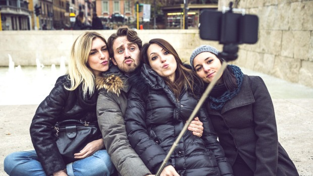 Museums in New York City, and now Washington, are banning the latest tourist must-have, the selfie stick.