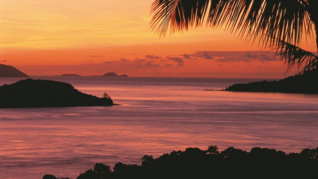 Enjoy a sundowner and watch the magnificent sun set over the Whitsundays.