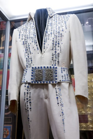 The King's robes at Graceland.