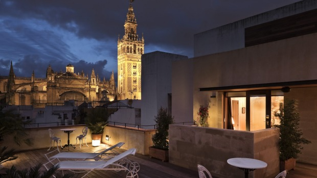 HOTEL CASA 1800: The attention to detail in this converted 19th-century house is exceptional. The rooms are fabulously ...