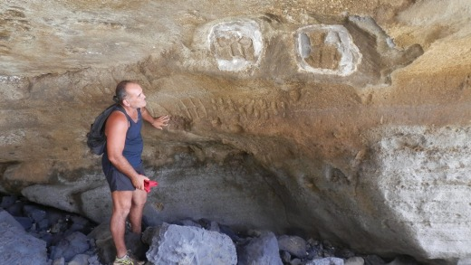 Rock drawings done by Polynesians who lived on Pitcairn Island centuries ago has been seen by very few visitors.