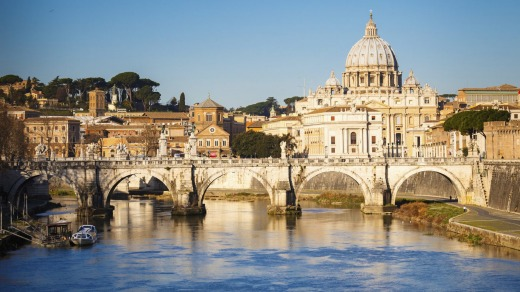The spectacular view of St Peter's Cathedral as seen from the Tiber.