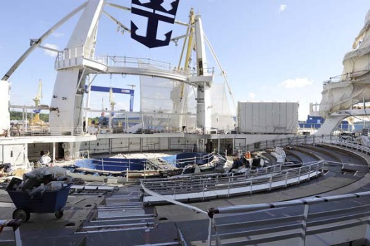 Allure of the Seas' Aquatheatre performance space at the rear of the ship.