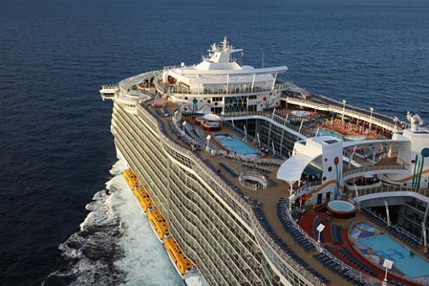 The $US1.12 billion Allure of the Seas can carry 6400 passengers.