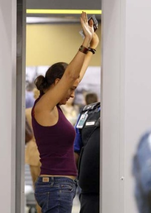 Refusing to go through a body scanner in the US does not necessarily mean you'll be subjected to a 'enhanced' pat-down.
