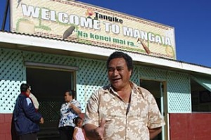 Mayor of Mangaia welcoming visitors to his island at the airport, Mangaia