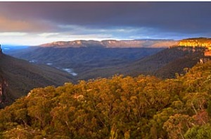 In focus ... Wentworth Falls lookout is the perfect spot for a filtration lesson.